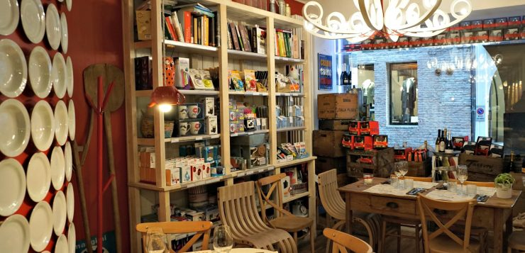 Gourmetteria a cozy bistrot and shop for foodies in Padova