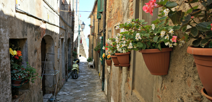 Chiusdino: unexpected beauty and medieval charm
