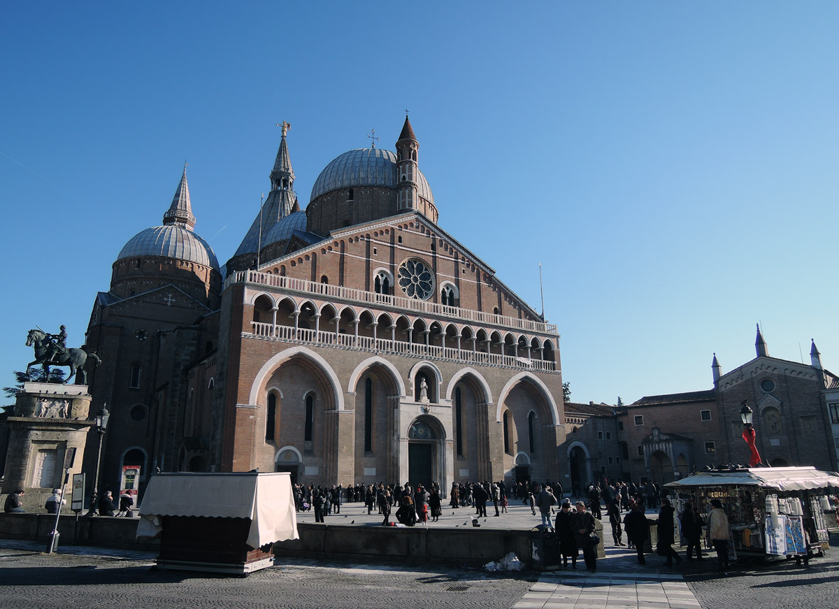 The basilica of saint anthony in padua my corner of italy the basilica of saint anthony biocorpaavc