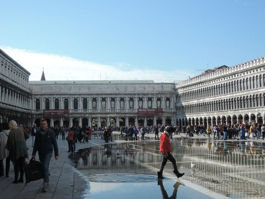 Acqua alta Venice