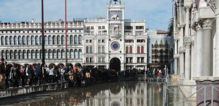 What is Venice acqua alta? Acqua alta explained