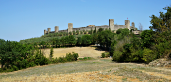 Stealing beauty in Monteriggioni, one of my favourite villages in Tuscany