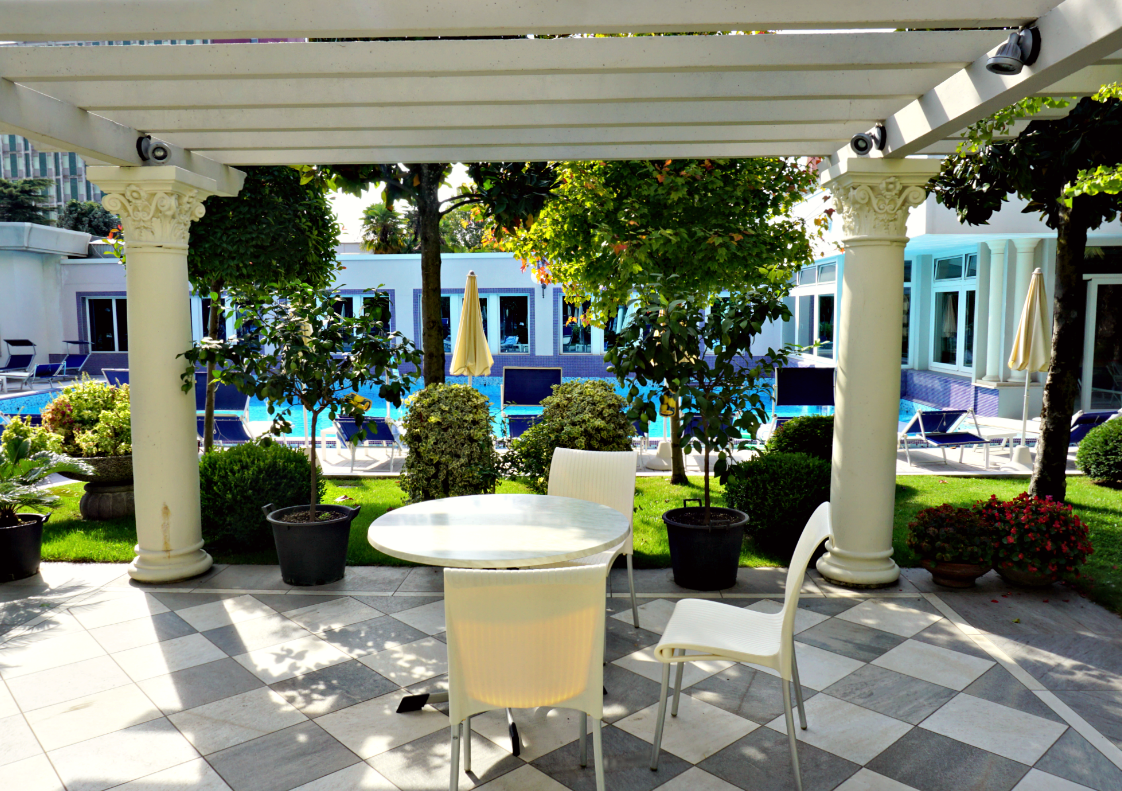 garden at Grand Hotel Trieste & Victoria Spa Day
