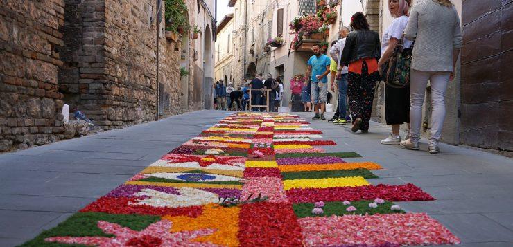 Infiorata di Spello: Spello Flowers Carpets Festival